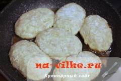 kurinie-kotlety-s-sirom4