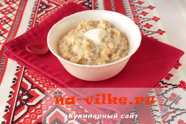 Варим вкусный геркулес с молоком и маслом