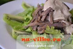 salat-iz-jazyka-s-sousom-07