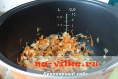 sup-s-shampinionami-v-multivarke-04