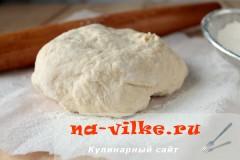 Тесто на огуречном рассоле для пирожков