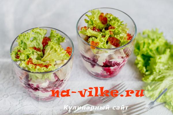 Необычный и вкусный рецепт – веррины с красной икрой и сельдью