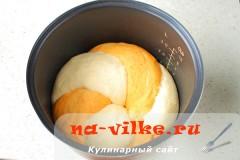 hleb-s-paprikoy-v-multi-17