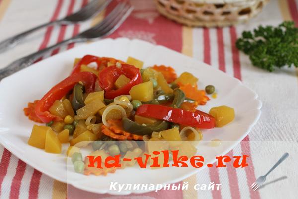 Запеченные овощи в соевом соусе с чесноком