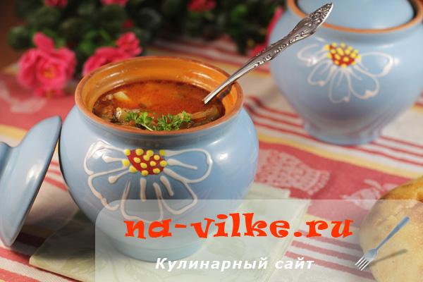 Готовим овощной суп рассольник в горшочках