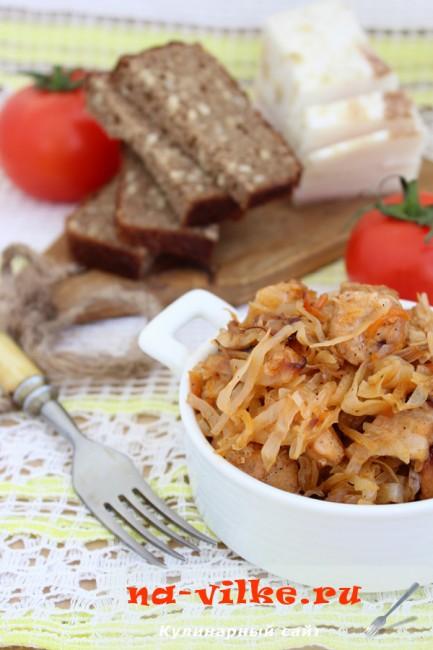 Капуста со свининой в мультиварке - рецепт приготовления