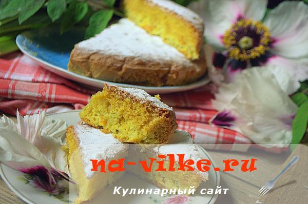 Нежный бисквит с ревенем и апельсином