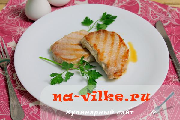 Вкусный свиной стейк на скорую руку