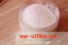 kompot-iz-klubniki-3