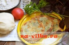 Жарим закусочные соленые блины на сковороде