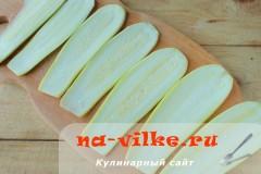 ruletiki-iz-kabachkov-s-omletom-02