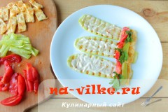 ruletiki-iz-kabachkov-s-omletom-07