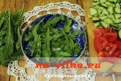 salat-iz-ovoshey-i-kalmarov-06