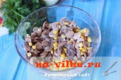 salat-s-jazikom-kukuruzoy-2