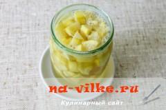kabachki-kak-ananasy-5