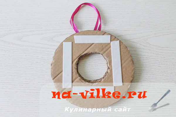 venok-iz-konfet-05