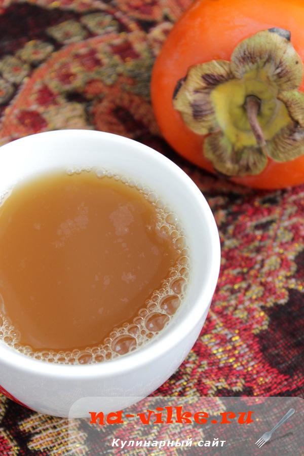 Согревающий чай с имбирем и хурмой