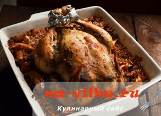 Запекаем вкусно курицу в духовке с гарниром