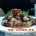 Запечённое филе индейки под соусом из томатов-черри