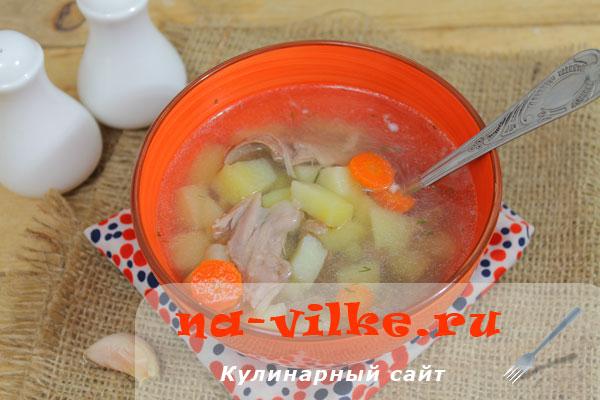 Суп из мяса нутрии и овощей в мультиварке.