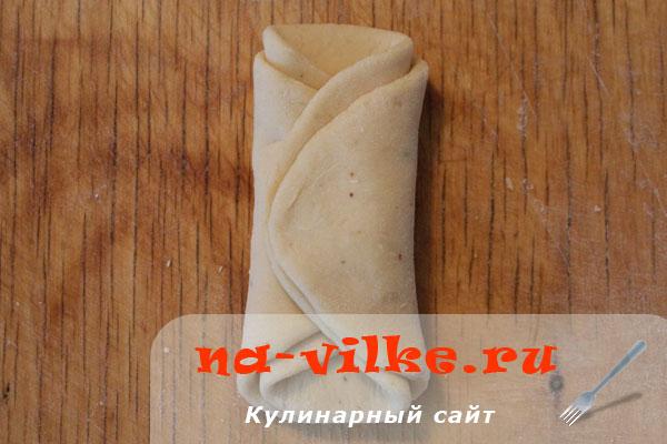 bulotchki-s-gorochovoj-mukoj-05