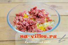 salat-laminaria-kolbasa-05
