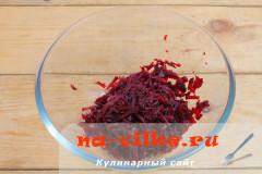 svekolniy-salat-s-ogurcom-2