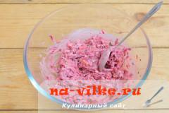 svekolniy-salat-s-ogurcom-6