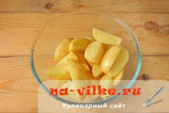 molodaja-kartoshka-v-duhovke-4