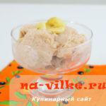 Как сделать мороженое из банана и клубничного йогурта
