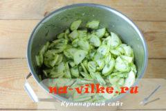 salat-iz-kabachkov-06
