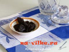 kompot-iz-chernosliva-1