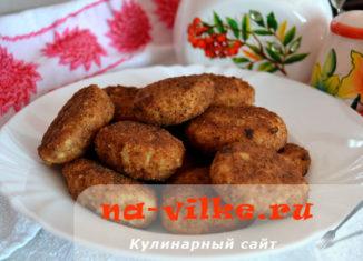 Котлеты из грудки индейки с добавлением кабачка или картофеля