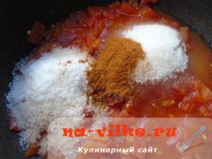 tomatniy-sous-s-lukom-2