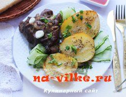 Запекаем вкусно баранину с молодым картофелем