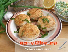 Нежные куриные котлеты с добавлением творога и сыра