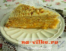 Торт с консервированными персиками и маскарпоне