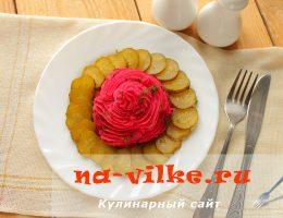 Красивое и вкусное картофельное пюре со свеклой