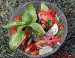 Дачный салат - рецепт