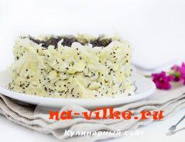 Салат из белокочанной капусты с маком