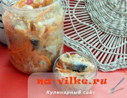 Маринуем сельдь по-корейски с нерафинированным маслом и томатом