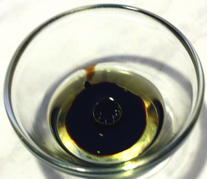 Бальзамический уксус и оливковое масло