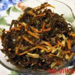 Ламинария с морковью и кальмарами