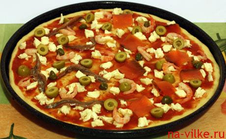 Морепродукты в пицце