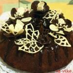 торт Зебра с шоколадными украшениями
