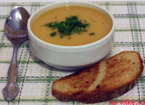 Картофельный суп-пюре с гренкой