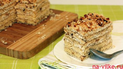 Вафельный торт с безе