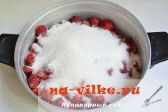 klubnichnoe-varenie-2