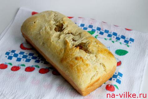 Луковый хлеб из дрожжевого теста