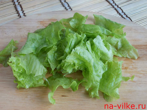 Салат листья